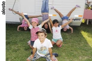 Niños en zona camper