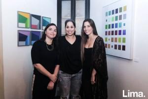 Daniela Napuri, Arlette Eulert, y Ale Cisneros, en exposición Dialogo, Matria