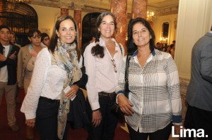 Denisse Chepote, Michael Laiseca y Rosario Espejo