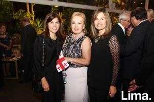 Micaela Palomino, Julie de Lindley y Ximena Jones