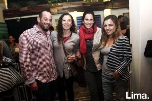 Javier Rodríguez Valeria Vidal, Carolina Darvasi y Thais García Miró, en exposición Diálogo, Matria.