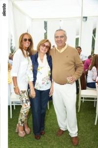 Delia Mariátegui, Mary Mariátegui y Jose Ramón Mariátegui.