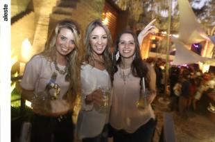 Viviana Arrisueño, Daniela carías y Maria Cristina Freire