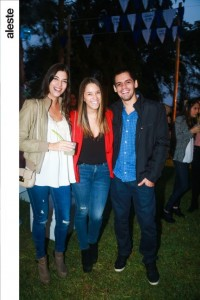 Andrea De Izcue, Stephanie Simpson y Alonso Payet