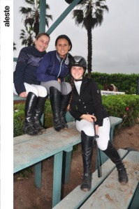 Lorena de Orrego, Pamela Cáceres y Stephanie Tweddle
