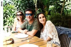 Lucila Hofre, Fernando José Barco y Nila Morales en La Huerta del Campo, Pachacámac.