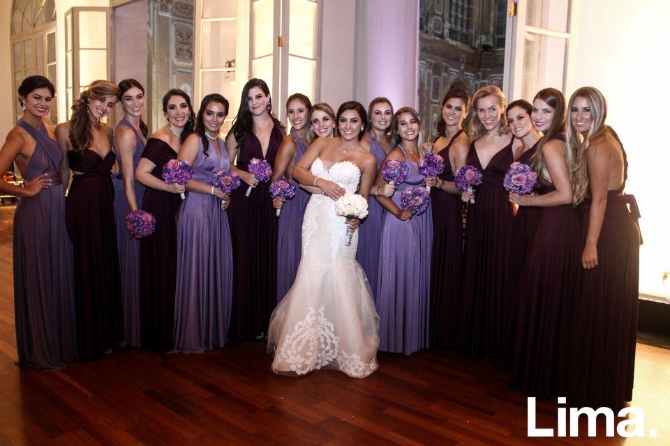 La novia junto a sus damas de honor