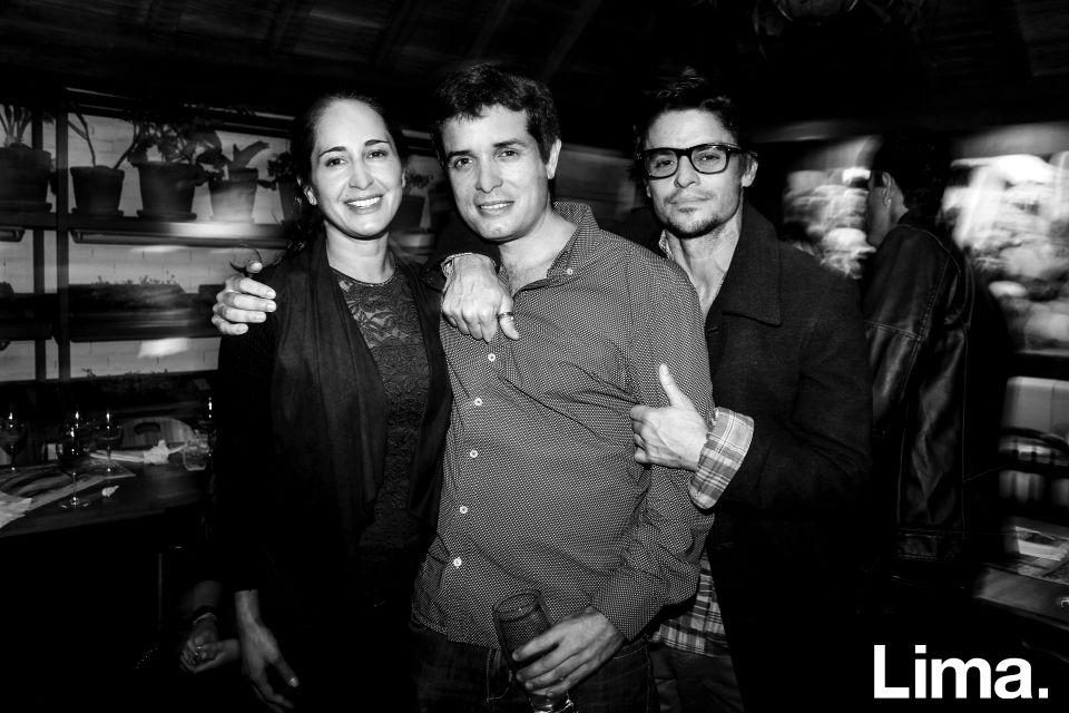 Lorena Chirinos, Miguel Haaker y Gonzalo Sandaza en cumpleaños de Miguel, La Balanza.