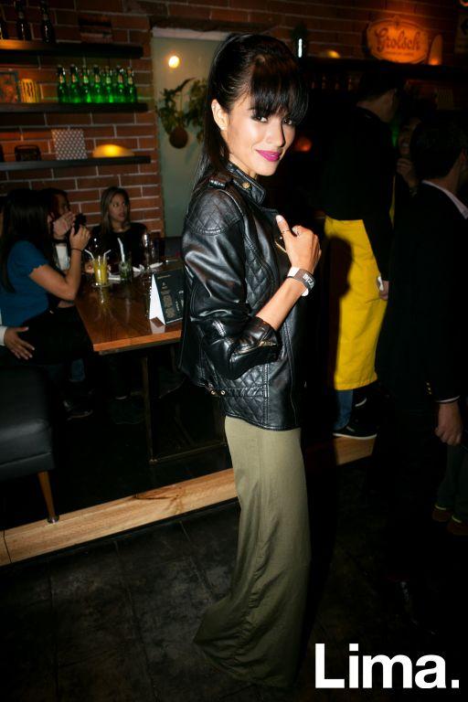 Molly Tuesta en lanzamiento de D-Agency, Bazar