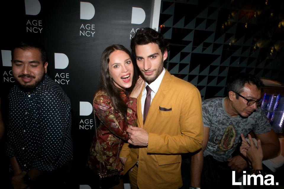 Alisa Podolskaya y Alfred Morales en lanzamiento de D-Agency, Bazar.