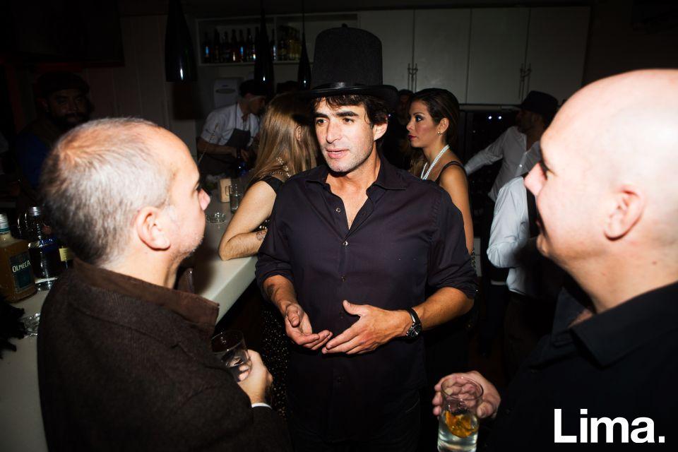 Martín Aspíllaga en Speakeasy, Bar clandestino.