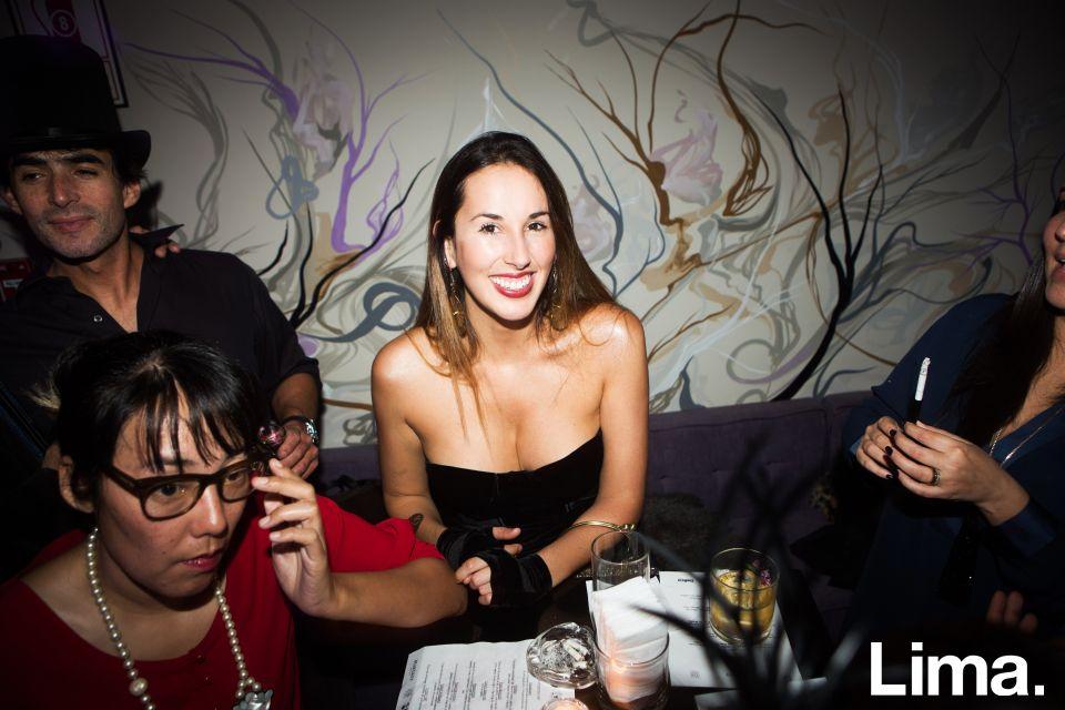 Eliana Vizquerra  en Speakeasy, Bar clandestino.