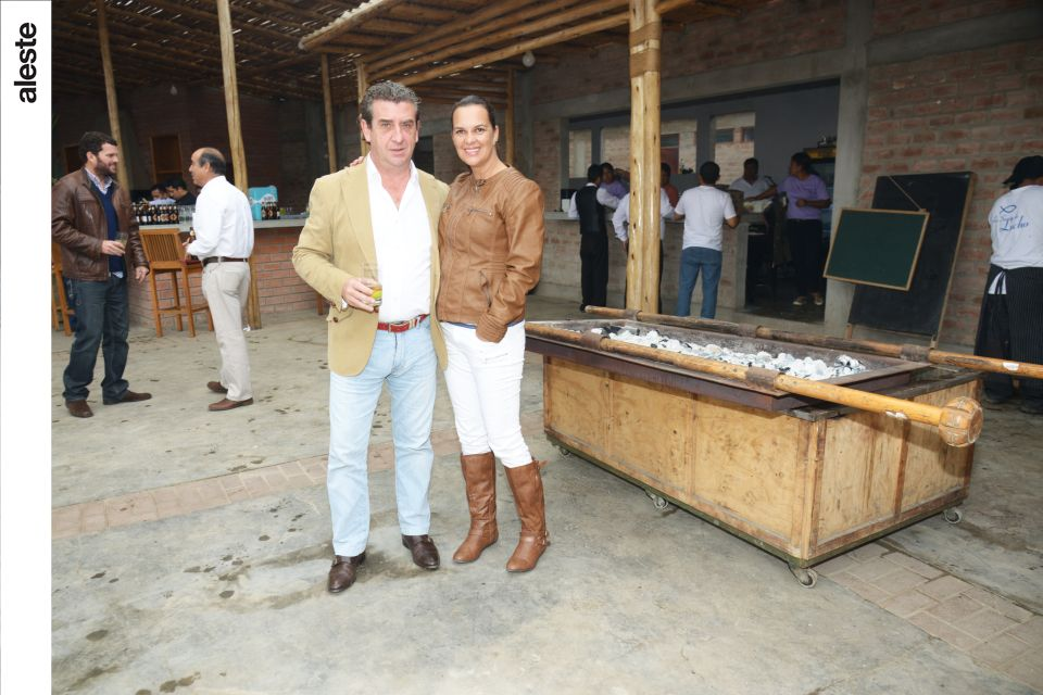 Manuel Arias y Paty LLona