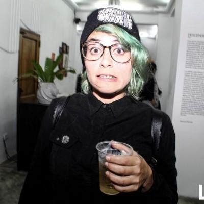 Mirella Moshela en exposición 'Descendere' de Lama y Paraíso.