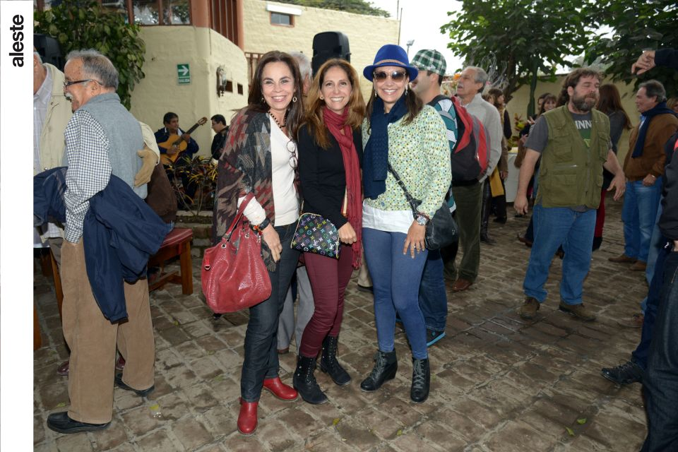 Verónica Alarco, Blanca Sánchez y Magaly Voto-Bernales