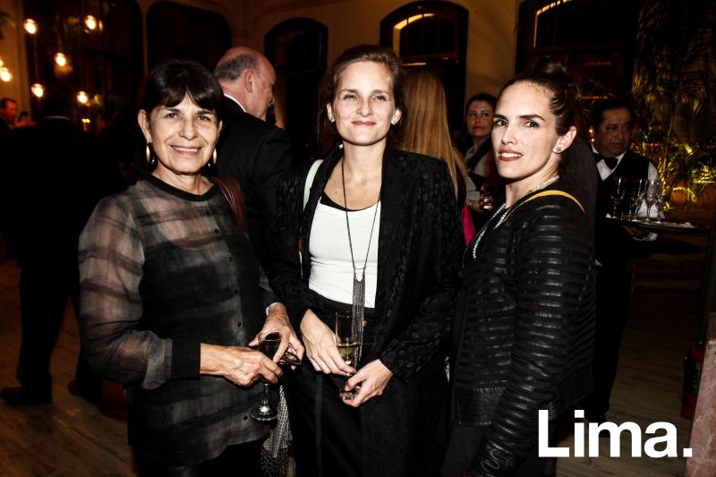Solana Costa , Melissa Herrera y Armida Testino
