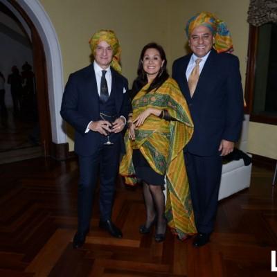 Antonino Damma, Lucy Cardenas y César Campos (2)