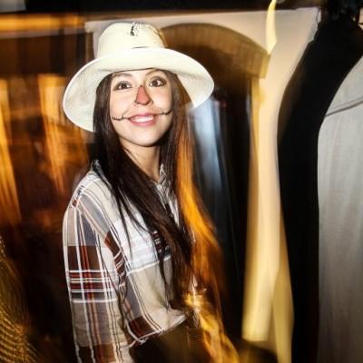 Carolina Ortiz  en fiesta de Halloween, Microteatro.