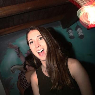 Claudia Zavala en aniversario Tree House, Barranco.