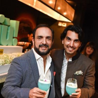 Efraín Salas y Carlos Andrés Luna en Cóctel de Bloggers BTH
