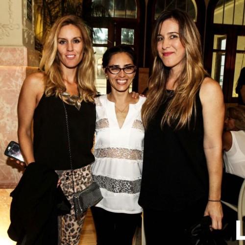 Gina de Rivero, Giesela Michelsen y  Mónica Arbulú