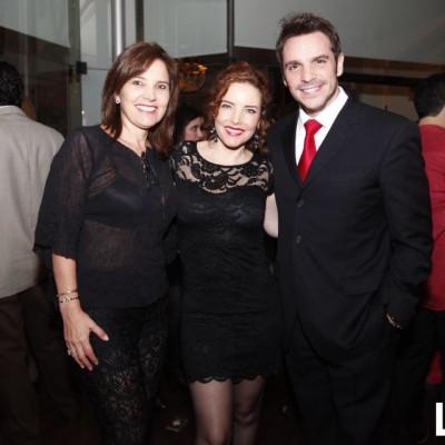 Gisella Flores, Virna Flores y Ismael La Rosa