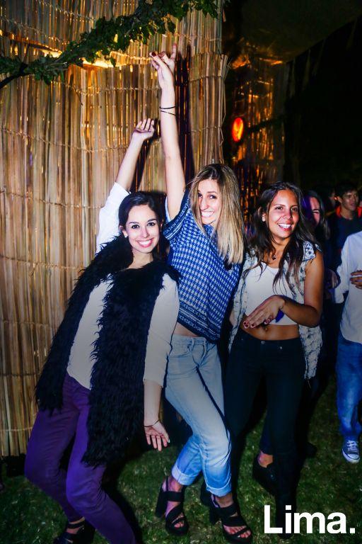 Natalia Plfucker, Camila y Nicole Arias-Schreiber en Ponte Chacra, Mamacona.