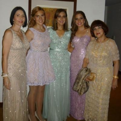 Laura Quesada, Vanessa CilLoniz, Rocío de Tudela, Lucero de Maúrtua y Eugenia Valderrama Hoyle