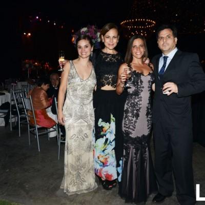 Mariana Blondet, Bárbara Arca, Pamela Arca y Arturo Arciniega