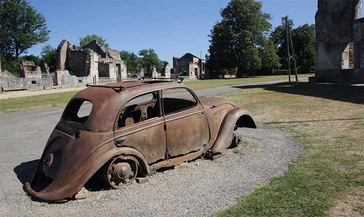 La aldea Oradour-sur-Glane, en Francia, quedó abandonada tras una masacre a cargo de divisiones nazis durante la II Guerra Mundial