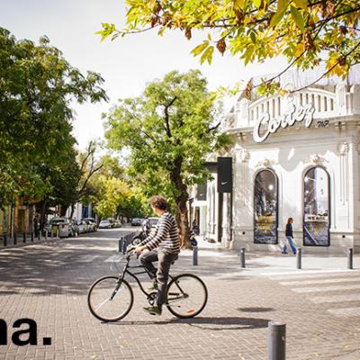 2. Palermo, Buenos Aires.  Metro cuadrado: $ 3.140.  Imponentes edificios de estilo francés, petit hotels y casas Tudor adornan sus calles.