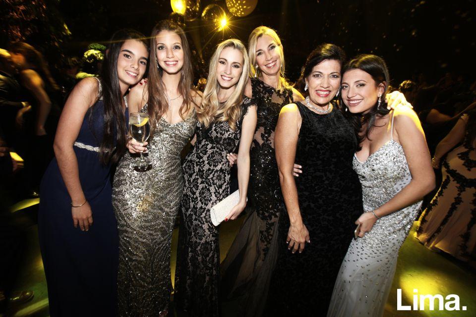 Adriana Ascenzo, Chiara Ascenzo, Nicole Ascenzo, Beatriz Forero, Mariel Castañeda y Pauline Schreibmaier
