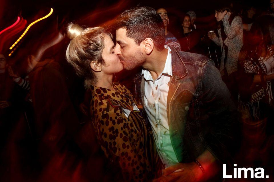 Ale Denegri y Jota Haya en fiesta Hoodz, El Callao.