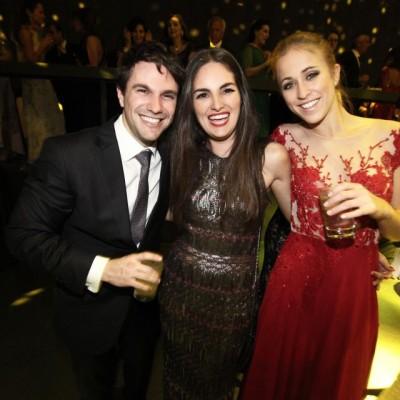 Alonzo Vega, Isabel Miro Quesada y Maria Pía Raffo