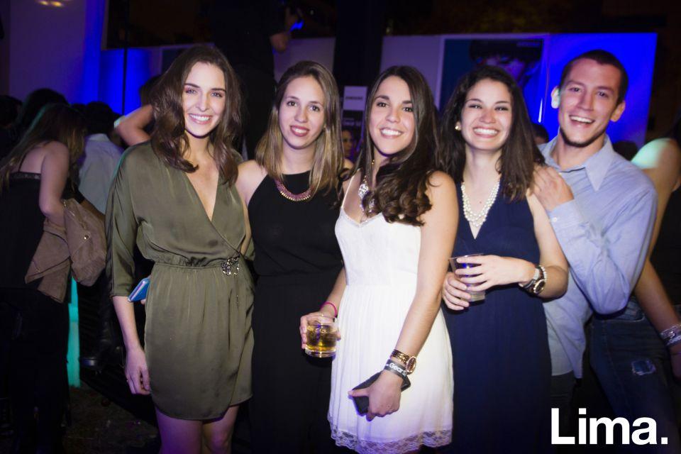 Ana Paula Gamarra, Jessica Camino, Carolina Vives, Danela Salvatierra y Alonso Loli