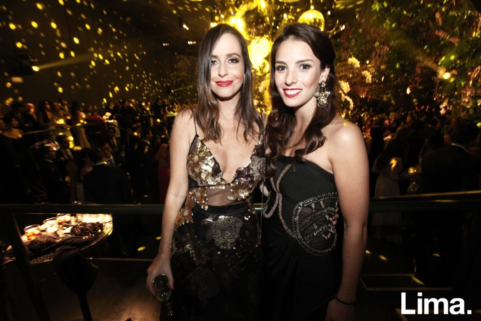 Andrea Neumann y Ariana Santillana (1)