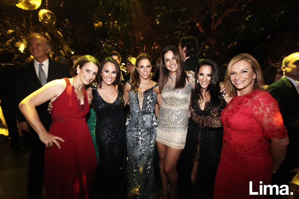 Anita Bitar, Sandra van Oordt, Emiliana Rizo Patrón, Jackie Hoffmann , Jessica van Oordt y Doris Larrabure