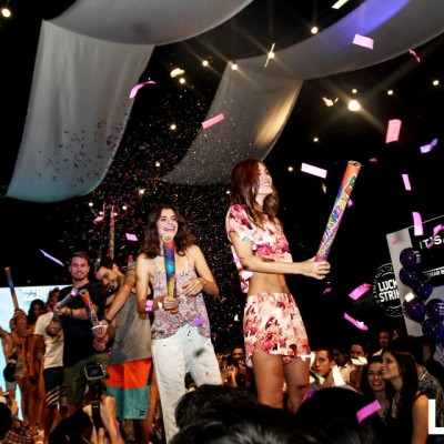 Final del desfile Billabong