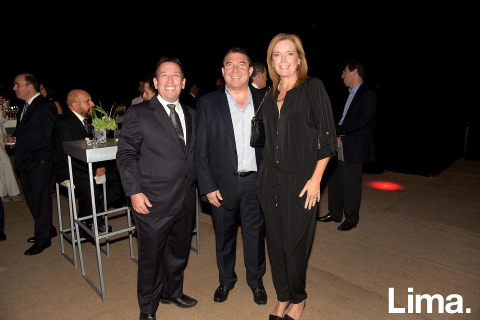Flavio Velarde, Hugo Alegre y Karen Morris