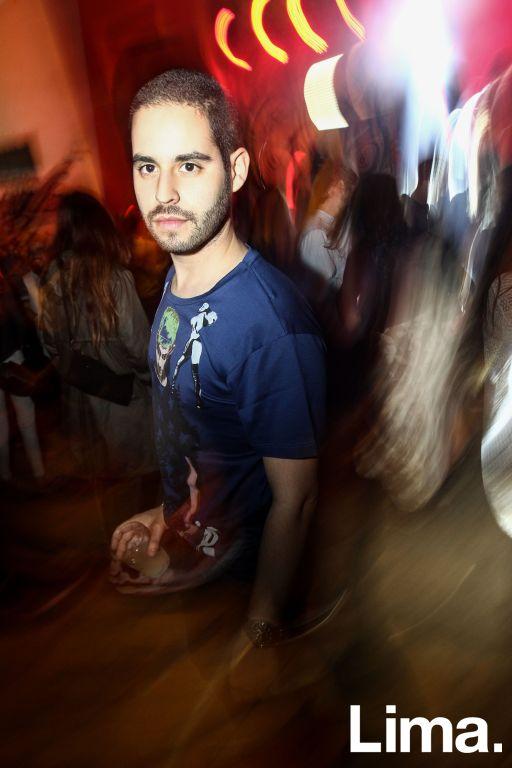 Javier Tolmos  en fiesta Hoodz, El Callao.