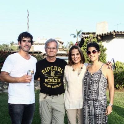 Martín Aspíllaga, Juan Alfonso Aspíllaga, Luz María Freire y Carolina Aspíllaga