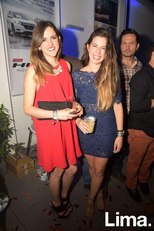Mila Puertas y Alejandra Woodman, (3)