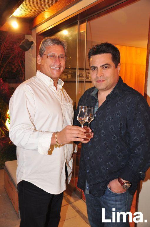 Ricardo Valderrama y Gino Gonzales