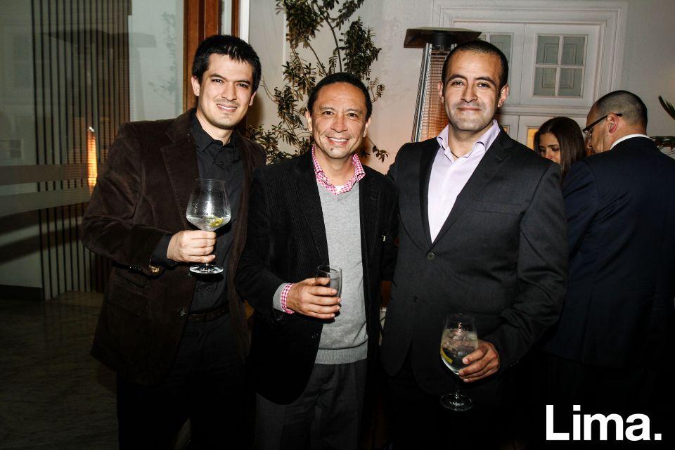 Roberto Barrenechea, Rudy Wong y Enrique Mendoza