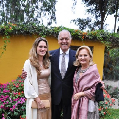 Andrea, Álvaro y Gina Carulla