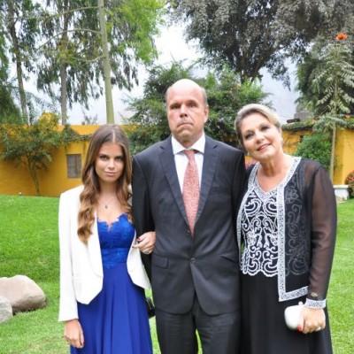 Michelle Woyke, Juan Woyke y Adriana Arens