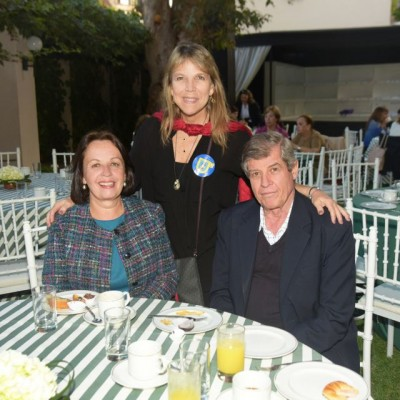 Anixa Jahnsen, Jocy Chávez y Padre Moncho