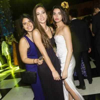Carolina Abanto, Ximena Loayza y Arantxa Arbuluú