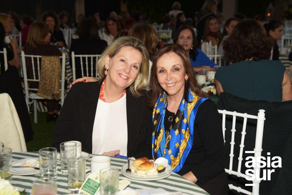 Carolina Aparicio y Sisi Castillo