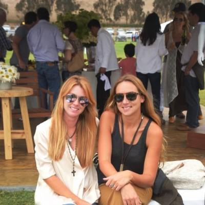 Celina Caset y Esmealda Ulloa.